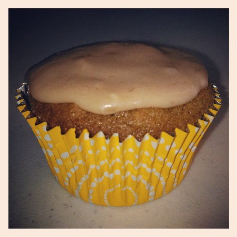 brown sugar cupcake